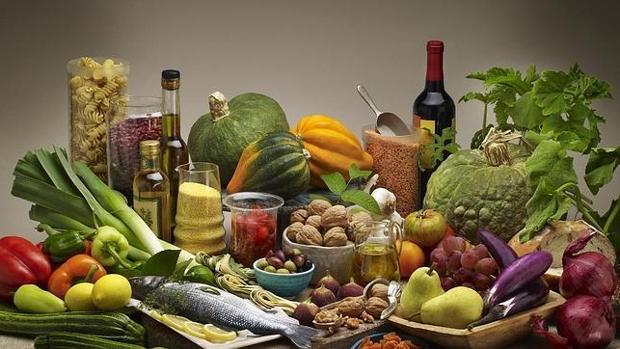 Uno de cada cinco españoles de más de 40 años considera que su dieta es deficiente