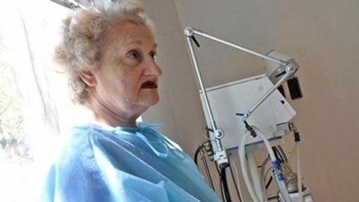 Krasmina Dimitrova tuvo mellizas a los 62 años