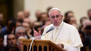 Francisco: «Acoger refugiados es nuestra mayor seguridad contra los actos de terrorismo»
