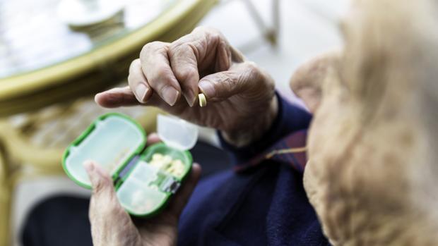 Las personas con Alzhéimer tienen dificultades para expresar que sienten dolor