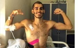 Pablo Ráez, enfermo de leucemia, aterriza en casa tras 62 días ingresado