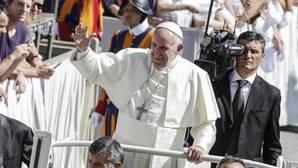 Francisco advierte que «al Dios-Amor se le anuncia amando, nunca imponiendo la verdad»