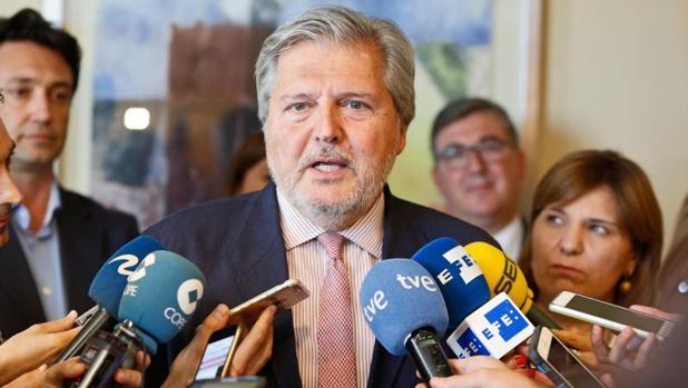 Méndez de Vigo, «abierto a dialogar» para que la «reválida» de la ESO no sirva para titular, según FSIE