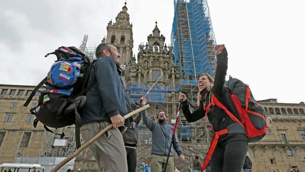 Llegada triunfal al final del Camino de Santiago
