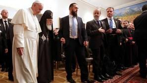 El Papa invoca el derecho internacional en una Georgia ocupada en parte por Rusia