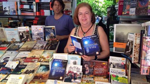 Ángeles Martínez lleva desde 2007 escribiendo en verso ambas partes de «El Quijote»
