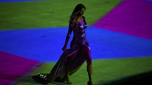 La modelo brasileña, en el desfile que hizo en el arranque de los Juegos Olímpicos de Río de Janeiro 2016