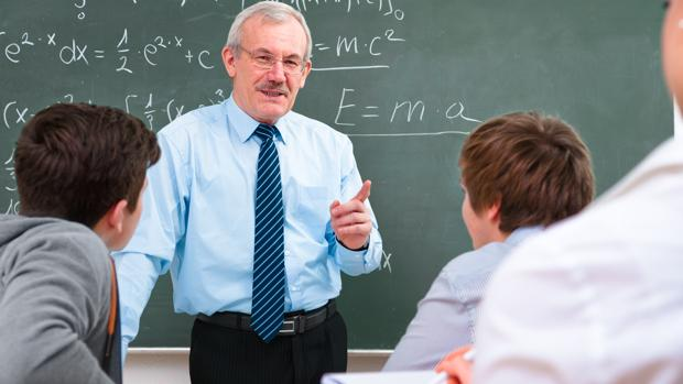 Francia pide con urgencia profesores de español y los aspirantes casi colapsan la web de Educación