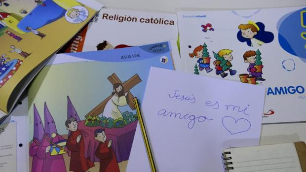 La Iglesia denuncia ante la Justicia el recorte de los horarios en la clase de Religión en ocho comunidades