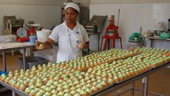 Trabajos donde la «Juanfe» emplea a las mujeres, sacadas de las fauces de la pobreza