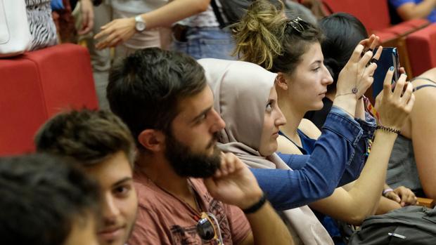 Un grupo de alumnos Erasmus en la UVA