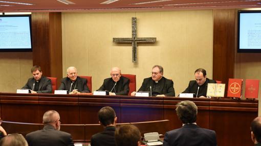 Acto de presentación de la III edición del Misal Romano en la Conferencia Episcopal