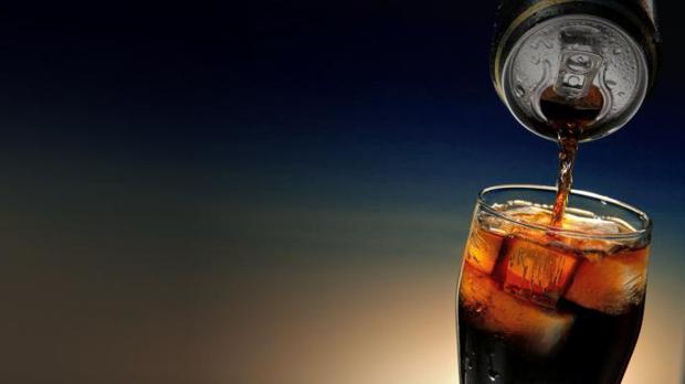 España apuesta por acuerdos voluntarios con la industria para reducir azúcar y grasas en los alimentos