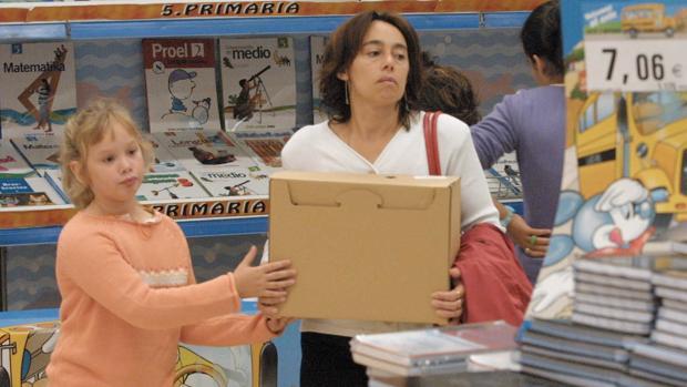 Los libros de texto en Portugal serán gratuitos a partir del año que viene para el primer ciclo de la enseñanza, que contempla alumnos hasta los 10 años