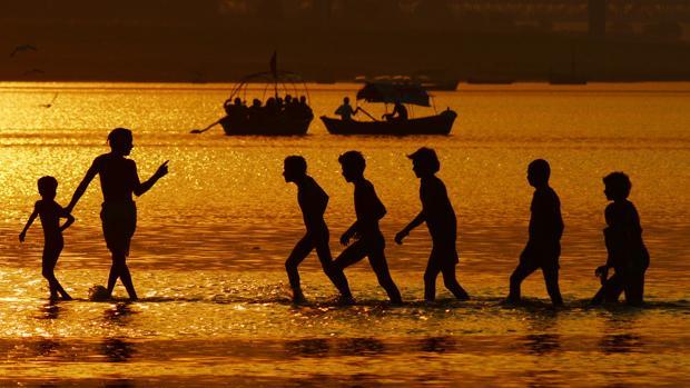 Imagen de las orillas del Gange