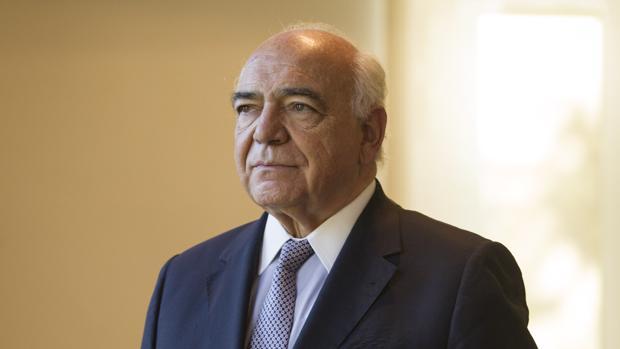 Ignacio Bayón posa en la sede de la FAD en Madrid, tras la entrevista con ABC