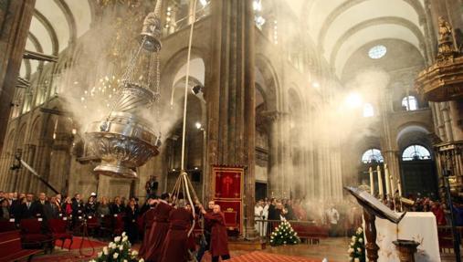 Medidas de los ayuntamientos populistas que atacan a la religión católica
