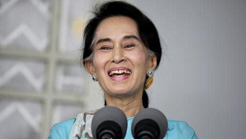 La líder del principal partido opositor birmano y Nobel de la Paz, Aung San Suu Kyi