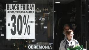 Las fiestas del consumismo masivo llegan a España para adelantar la Navidad