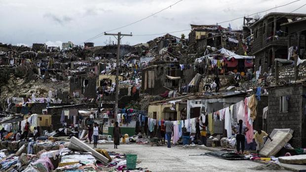 El paso del huracán Matthew en Haití dejó 800 muertos