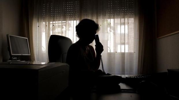 El Teléfono de la Esperanza ha atendido cinco millones de llamadas en estos 45 años