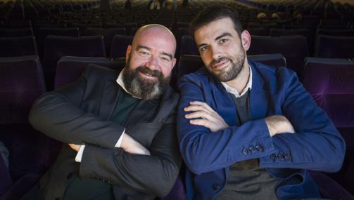 José Taltavull (izquierda) y su hermano Javier, los hermanos Sepúlveda, en el estreno en el Cine Palafox de Madrid del documental sobre la vida de Rafaela Ybarra