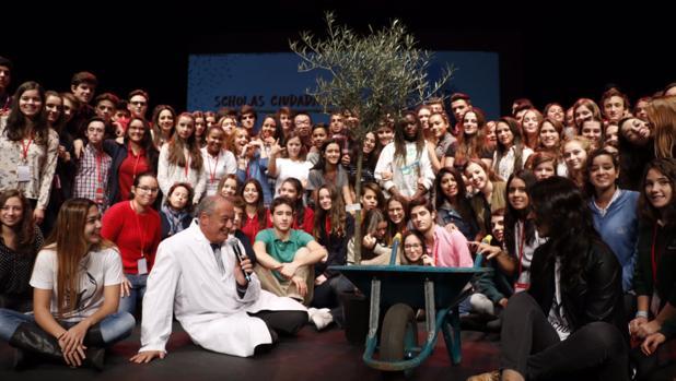 Clausura de la experiencia «Scholas Ciudadanía» en el teatro Fernán Gómez de Madrid