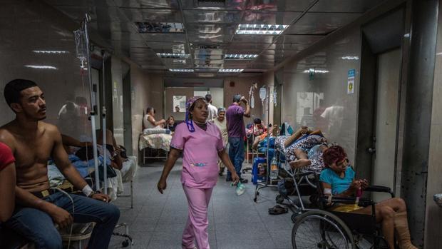 El Congreso quiere que el Gobierno flexibilice la atención sanitaria en el extranjero