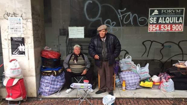 Mari Carmen y Juan José apenas tienen una pensión de 360 euros por los años trabajados de su marido
