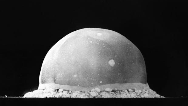 PRIMER ENSAYO NUCLEAR AMERICANO, EN