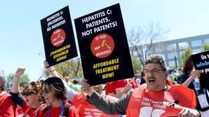 Sanidad se compromete a dar tratamiento de hepatitis C a todos los pacientes