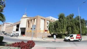 Un padre, agredido en la puerta de la Comisaría de Málaga por su hijo tras arrepentirse de denunciarlo por maltrato