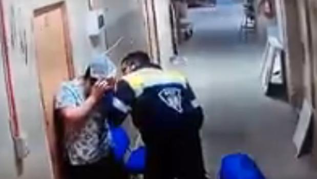 Imagen de la agresión captada por las cámaras