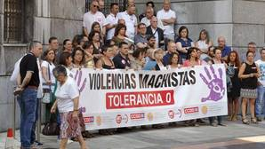Concentración en Oviedo contra las muertes a manos machistas