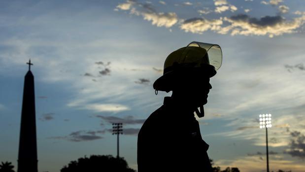 Denuncian en Italia a 15 bomberos voluntarios por pirómanos