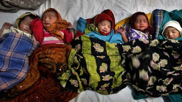 Se debate la muerte de los natos por falta de oxígeno