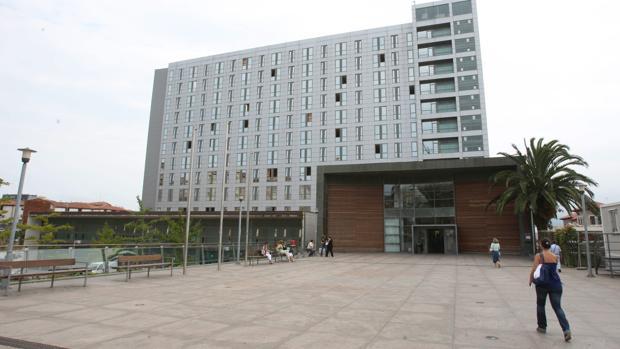 Foto de archivo: Hospital Marqués de Valdecilla
