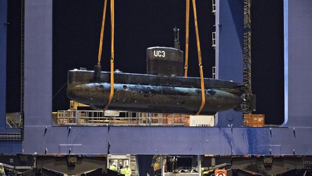 «UC3 Nautilus» trasladado a tierra firme para investigar los hechos del hundimiento