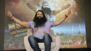 Gurmeet Ram Rahim Singh en la presentación de su película «MSG Messenger of God II» en Nueva Delhi (India)