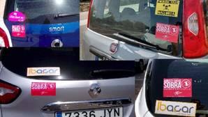 Arran coloca pegatinas en los coches de alquiler de Mallorca en protesta contra el turismo de masas