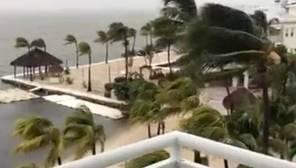Consecuencias del huracán Irma en Cayo Largo en Florida