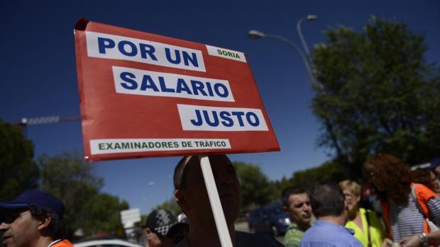 Casi 100.000 exámenes prácticos de conducir cancelados por la huelga de examinadores