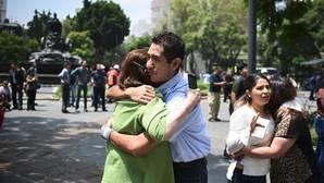 Al menos siete muertos tras un fuerte terremoto en México