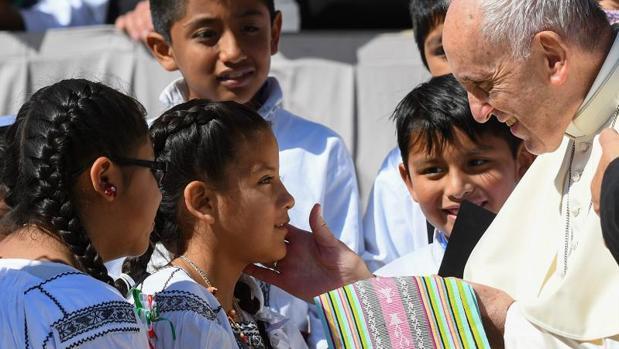 El Papa recibió a un grupo de niños mexicanos durante la audiencia nacional