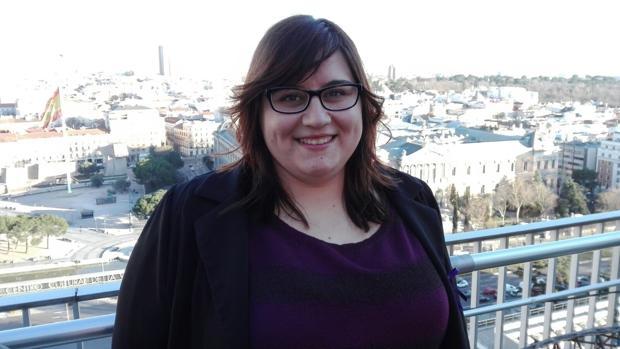 Marina Marroquí sufrió violencia machista entre los 15 y los 19 años. Ahroa alecciona a jóvenes en talleres sobre los indicios del maltrato