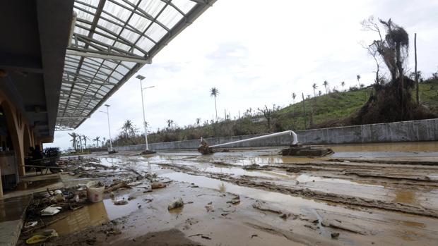 El aeropuerto de Melville Hall, tras la devastación en la isla de Dominica a consecuencia del Huracán María