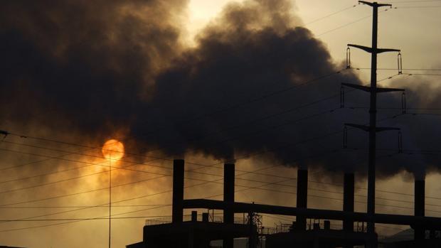 Imagen de archivo de una fábrica