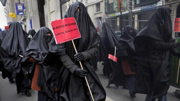 Foto de archivo de burka