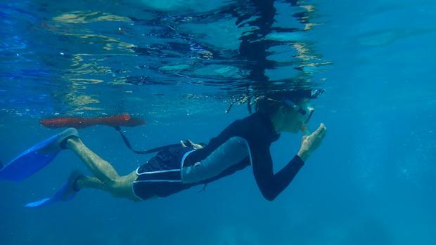 Lisa Carne está restaurando los arrecifes de coral en Belice