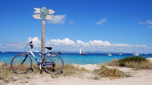 Baleares (en la imagen, la isla de Formentera) es la comunidad donde sus ciudadanos se sienten más satisfechos con su vida